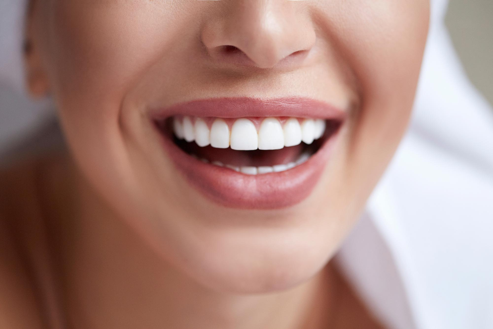 Natural Teeth Whitening Tips | Smiles Unlimited | Your Smile, Our Passion